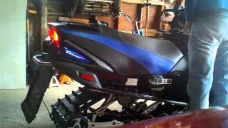 1. 2008 Yamaha RS Vector start-up