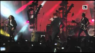 My Chemical Romance - Planetary (GO!) (LIVE at MTV Winter 2011) [HQ]