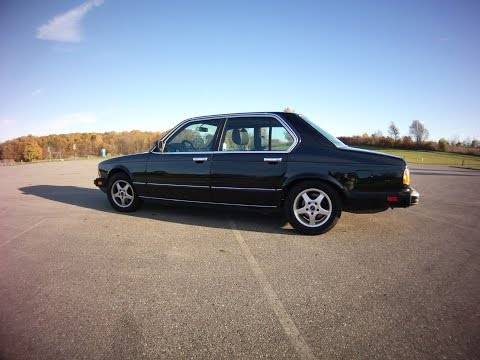 1986 BMW 735i Review - Spinning Wheel