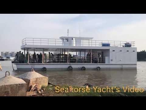 Du Thuyền Ngựa Biển - Hạ thủy tàu nhà hàng 3 thân