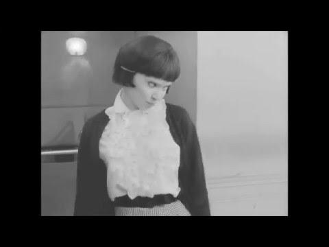 Anna Karina- Femme Fatale (видео)