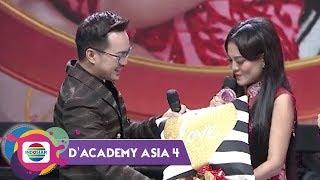 Video SO SWEETT! Hadiah-Hadiah dari Mienan yang Buat Jamila Tak Percaya MP3, 3GP, MP4, WEBM, AVI, FLV Desember 2018