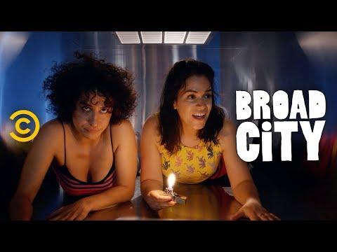 Abbi and Ilana Try to Crash a Lil Wayne Concert - Broad City