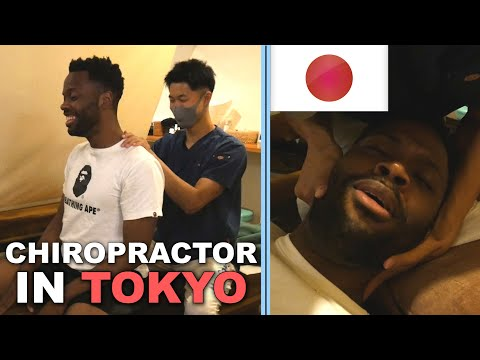 Chiropractor in Japan Experience with Singer MAYOWA | ASMR Back & Neck Adjustments | *CRACKED*(pt.1)