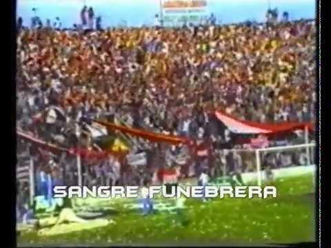 Hinchada de Chacarita Jrs - Temporada 1993-94 - PARTE 2 - La Famosa Banda de San Martin - Chacarita Juniors