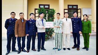 Động viên CBCS trực Tết tại nhà tạm giữ công an thành phố