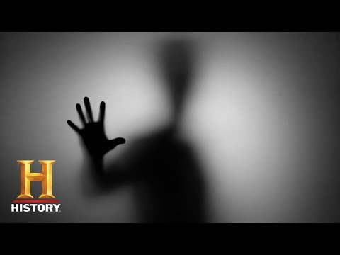 Ancient Aliens: POLTERGEIST TERRORIZES FAMILY (Season 12) | History