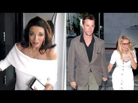 Joan Collins, Noah Wyle, And More Arrive For Dinner At Craig's In Weho