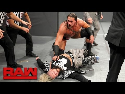 Enzo Amore is ambushed before the Six-Man Tag Team Match: Raw, April 24, 2017 (видео)