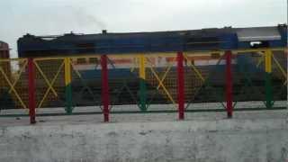 Garhmukteshwar India  city photos gallery : INDIAN RAILWAYS Gonda 17997 hauled freighter towards Moradabad at Garhmukteshwar