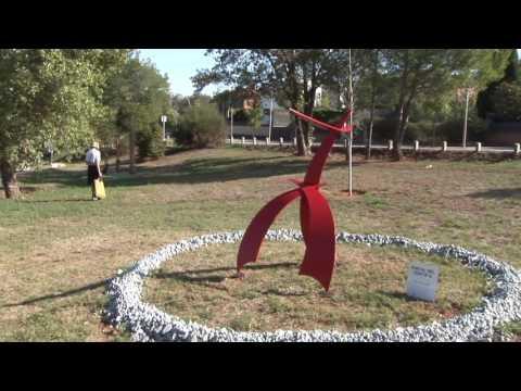 'Madre tierra' de Míriam Pérez Guerrero guanya la 1ª Biennal d'Escultura 'Valldoreix dels Somnis'