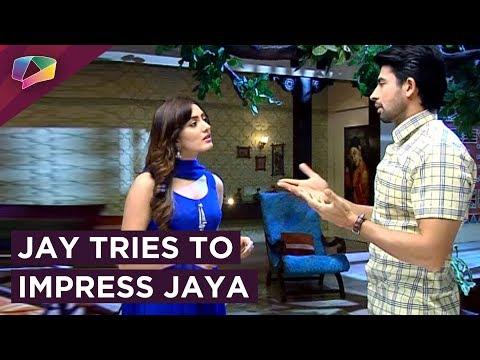 Jay Gives Jaya Movie Tickets In Sajan Re Phir Jhoo