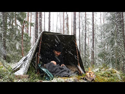 Bushcraft Winter Overnight - Canvas Poncho Shelter In Windy Snowy Conditions