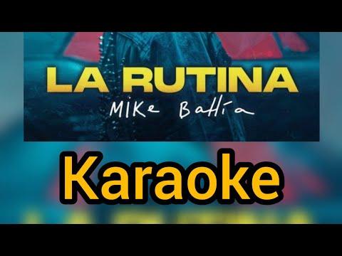 La rutina karaoke Mike bahía