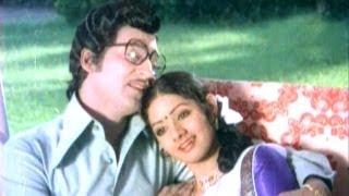 Bangaru Chellelu Songs - Virisina Sirimalli - Sobhan Babu, Sridevi