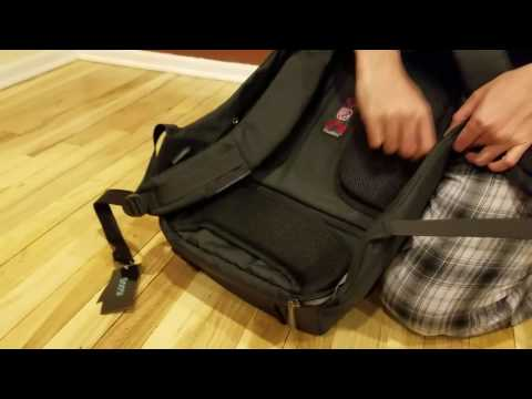 Anti-theft Business Laptop Backpack with USB Charging Port