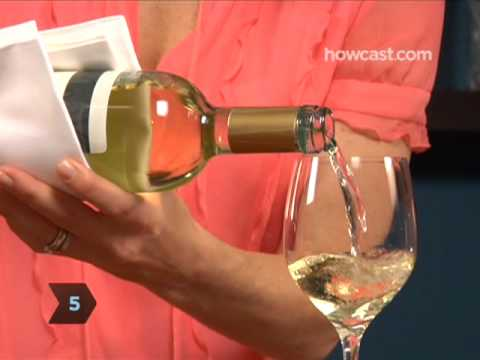 How to Pour a Bottle Of Wine