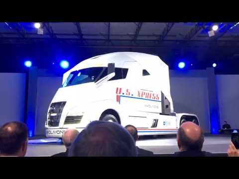 بالفيديو: Nikota  تكشف عن شاحنتها الفريدة