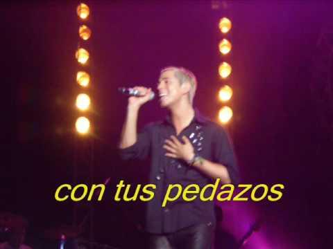 Tekst piosenki RBD - Pedazos po polsku
