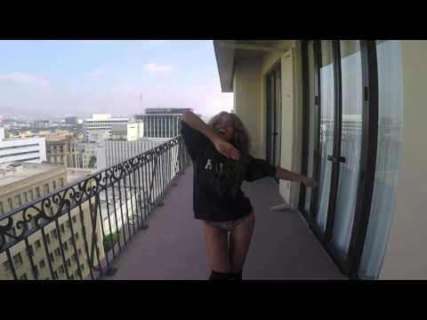 Beyonce' balla Raffaella Carra'