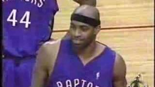 Vince Carter 2004 Jumpball vs Yao Ming
