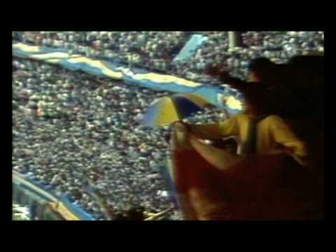 "Manu Chao ""La Vida Tombola"" Video (featuring Diego Maradona)"