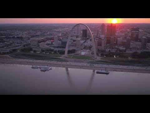 The NECA/IBEW Powering America Team Renovates the Iconic St. Louis Gateway Arch