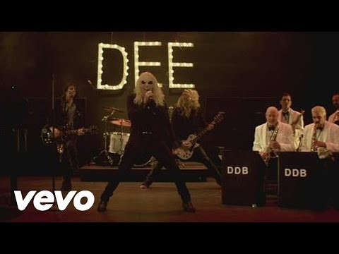 Dee Snider – Mack the Knife