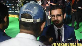At the green carpet of IIFA New York, Bollywood Hungama spoke Kapoor & Sons director Shakun Batra. He talked about his writing process and reveals that Karan Johar helped him a lot. He also spoke his spat with Rishi Kapoor. He also had positive things to say about Fawad Khan. Must Watch!Report: Faridoon ShahryarVideo Courtesy: Farrukh JilaniWatch more Exclusive Celebrity Interviews right here http://www.bollywoodhungama.com/Like BollywoodHungama on Facebook:https://www.facebook.com/bollywoodhungamacomFollow BollywoodHungama on Twitter:https://twitter.com/BollyhungamaCircle BollywoodHungama on G+:http://bit.ly/1uV6Qba