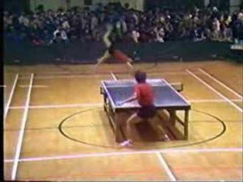 Impressionante jogo de ping-pong