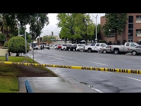 «Έγκλημα μίσους» με τρεις λευκούς νεκρούς στην Καλιφόρνια