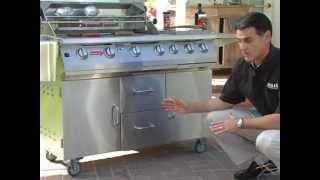 BULL 7 Burner Premium Grill Cart