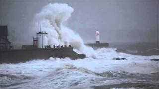 Porthcawl United Kingdom  city pictures gallery : Storm Frank affects Porthcawl, Wales, United Kingdom