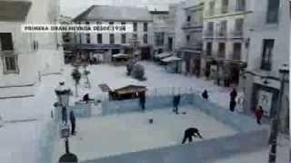 Sanlucar la Mayor Spain  city photo : Disney España | Frozen, el reino del hielo | La nieve llega a Sanlúcar la Mayor (Sevilla)