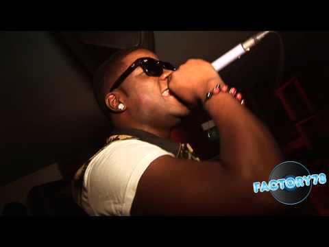 0 Skales performing Mukulu Live in London