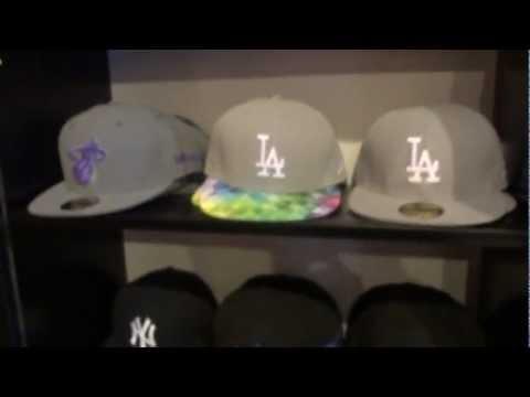 cappelli - I cappelli della New Era di gran moda nell'abbigliamento Hip Hop o musica rap: un vidoe che illustra i modelli principali.