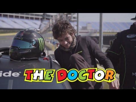 Vídeos de 'Vídeo de Rossi con el bólido de la NASCAR: ¡así lo vivió Valentino!'