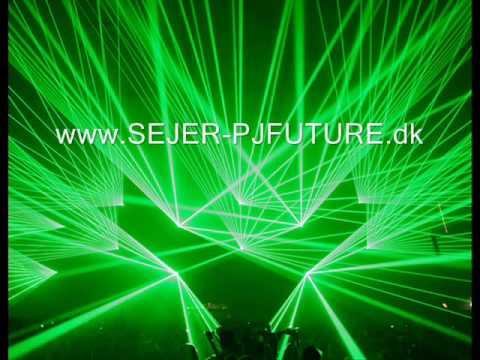 Tekst piosenki Headhunterz - Muzikal Revolution po polsku