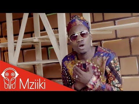 Video Kisamaki Ft Fatuma Mcharuko - Mtoto Wa Udongo ( Official Video  ) download in MP3, 3GP, MP4, WEBM, AVI, FLV January 2017