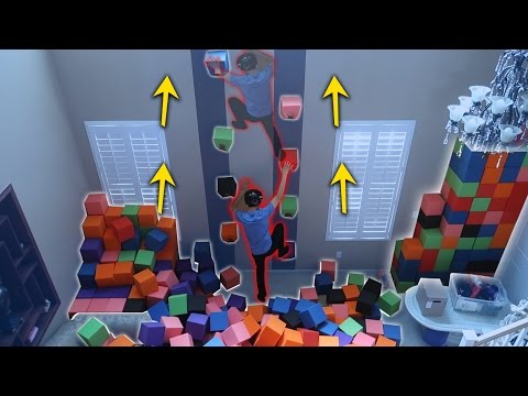 INDOOR ROCK CLIMBING MADE OUT OF THE FOAM PIT!! (DANGEROUS) (видео)