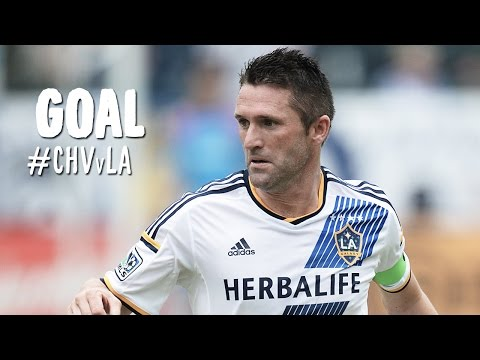 goal - Goal! Chivas USA 0, LA Galaxy 2. Robbie Keane (LA Galaxy) right footed shot from outside the box to the top right corner. Subscribe to our channel for more soccer content: http://www.youtube.com/s...