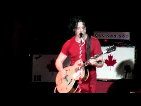 Video The White Stripes - Seven Nation Army [Live] (HD) download in MP3, 3GP, MP4, WEBM, AVI, FLV January 2017