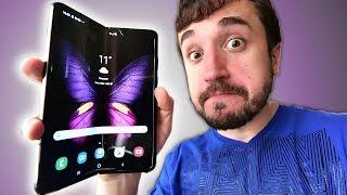 O CELULAR QUE DOBRA! - Galaxy Fold (Unboxing)