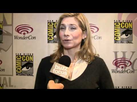 Elizabeth Mitchell On 'V' Season 3