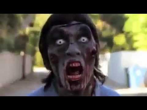 Zombie Bailando al Ritmo de las Balas jajajajaja XD