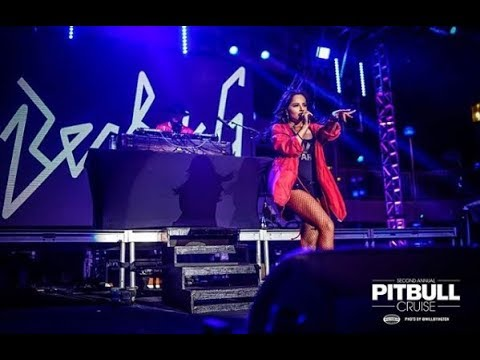 Becky G - Mad Love [Pitbull Cruise 2018] (Live)