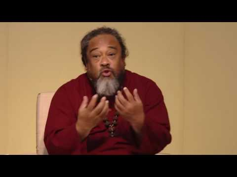 Mooji Video: Follow Intuitive Action vs Blind Trust in Scriptures