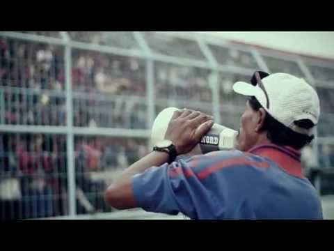 One Incredible Blue – AREMANIA