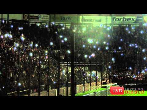 (HD) Fiesta durante el apagón // Hinchada de Independiente vs Dep. Español - La Barra del Rojo - Independiente