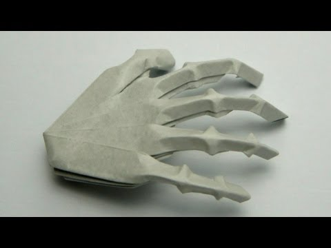 Halloween Tutorial - 032 -- Hand Skeleton